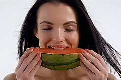 Fruitqueen sapphira