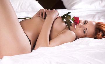 Mina - Red Rose