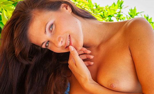 Lauren Crist - Tropical Patio